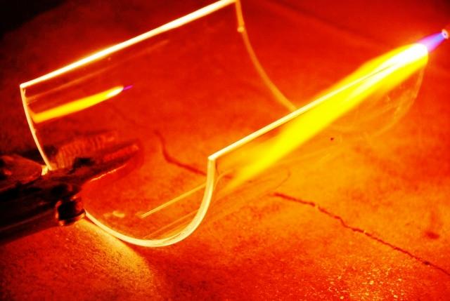 Verresatine, rebrulage demi tube verre